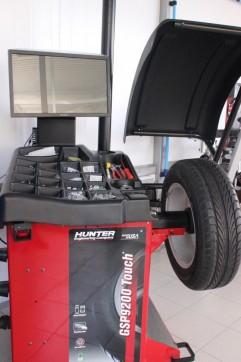 Сезонный шиномнтаж и хранение резины для автопарков по РФ